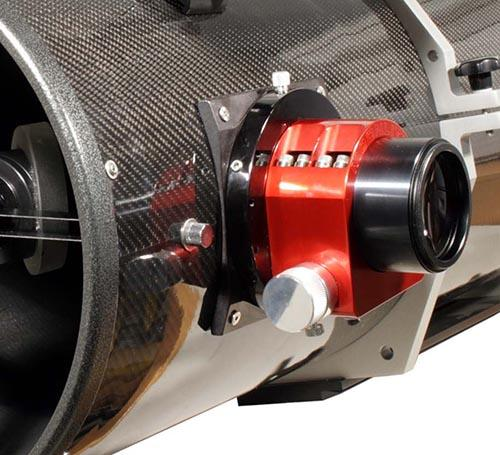 Newton Astrografo TS da 355mm f/4.3 - 45mm campo piano e illuminato - tubo in fibra di carbonio