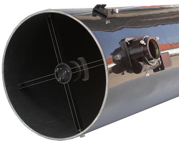 """TS 12"""" f/5.3 Newton ONTC con tubo in fibra di carbonio, corretto ad 1/8 lambda e focheggiatore a scelta"""